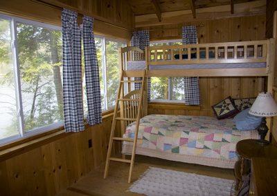 IMG_4222 _bedroom_3